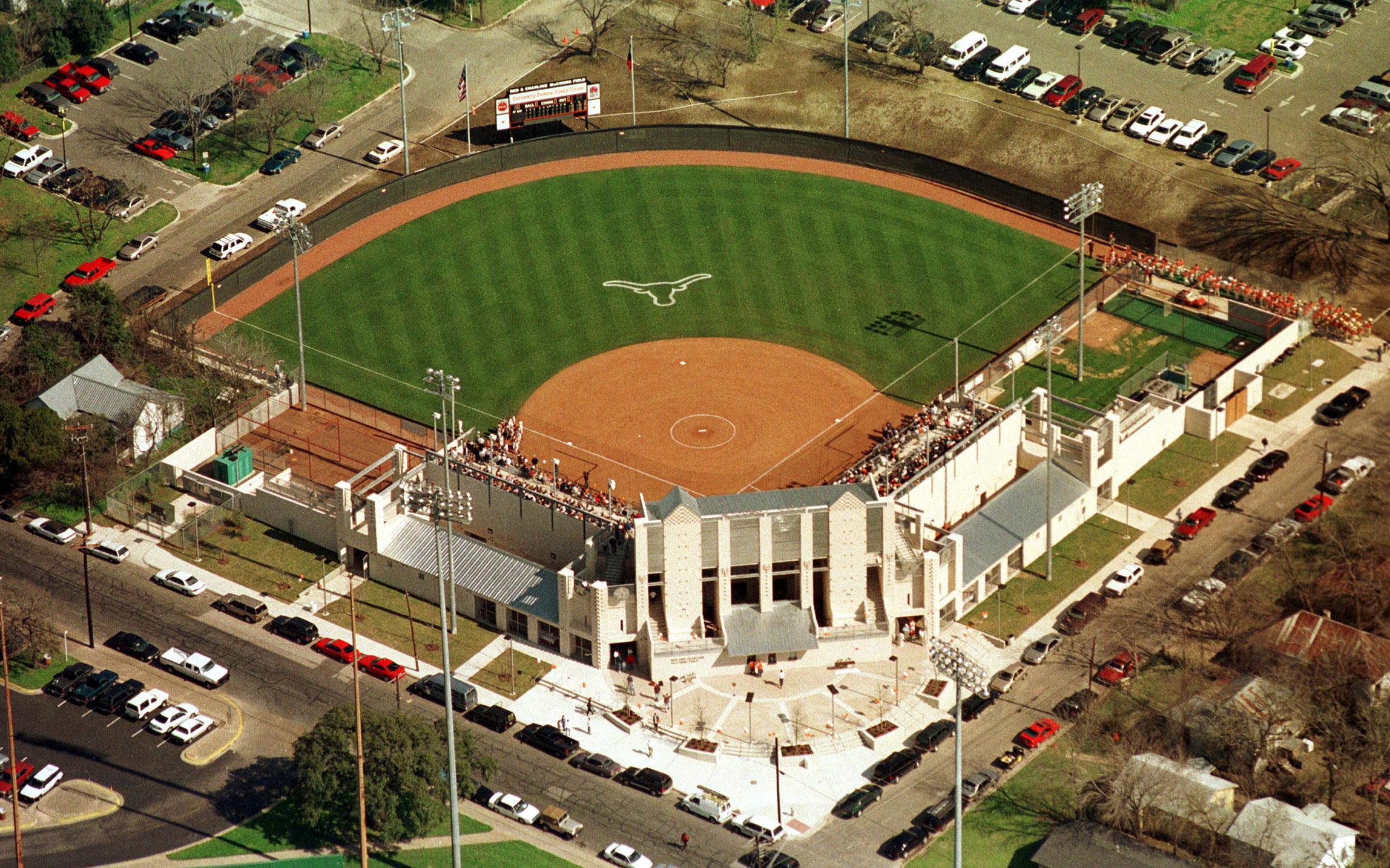 University Of Texas At Austin Mccombs Women Softball Field Marmon