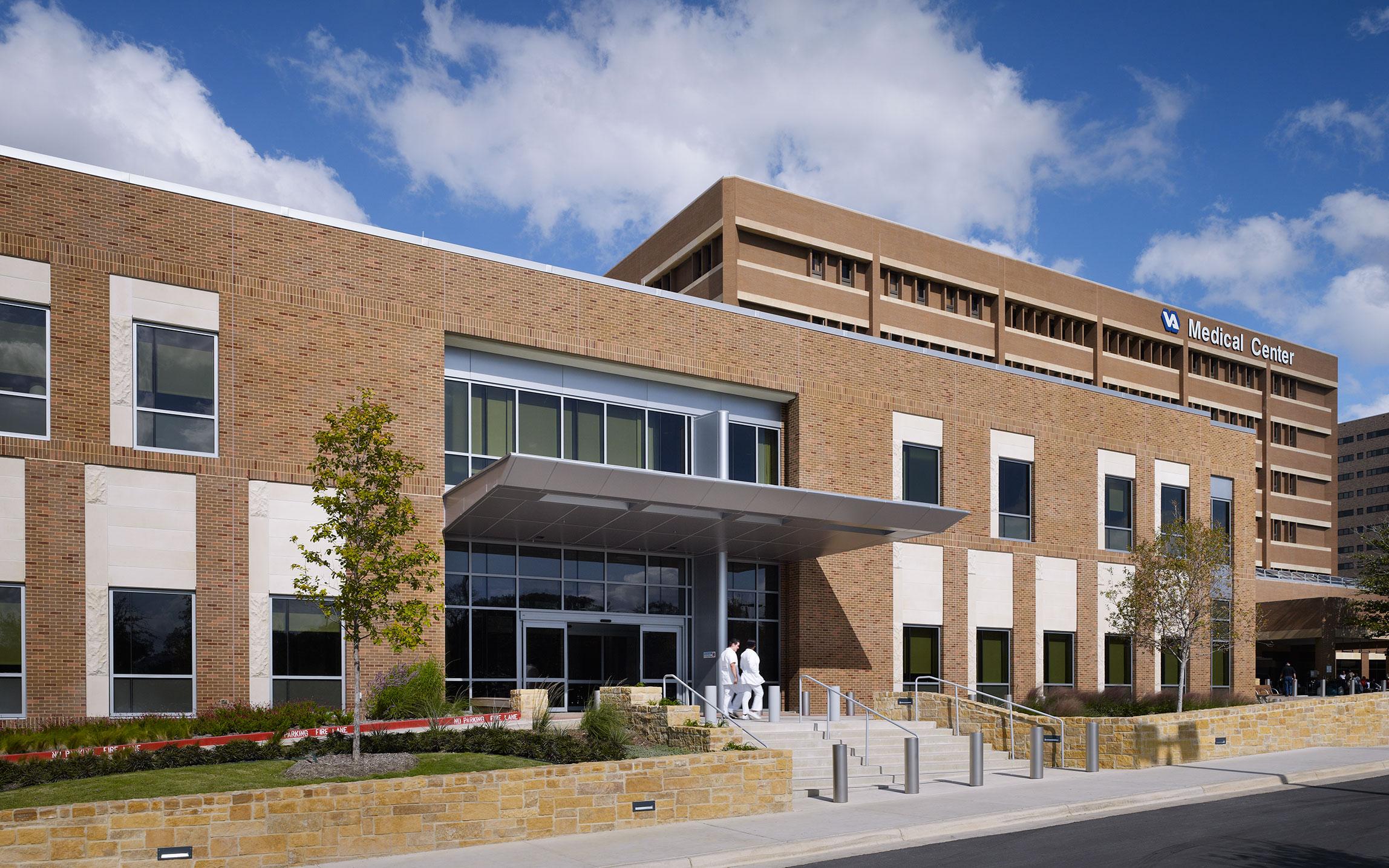 Veterans Administration Polytrauma Rehabilitation Center Marmon Mok Architecture